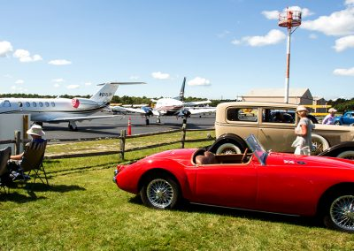 VINTAGE CARS & LUXURY JETS